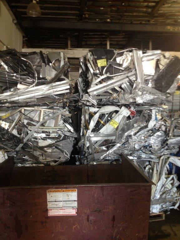 150 M tons of Aluminum Extrusion Scrap - USA Origin, Moulds