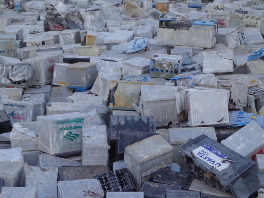 PP Scrap ( batteries plastic boxes ) 50MT/Month For Sale