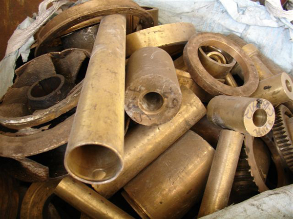 Large Volume of Brass Scrap for Sale