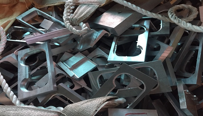 Selling Aluminum Alloy Scrap On Regular Basis