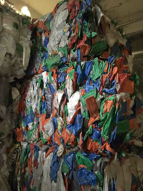17MT Mixed Plastics Scrap  with PP injection grade, PP aquilux, PS thermo for Sale