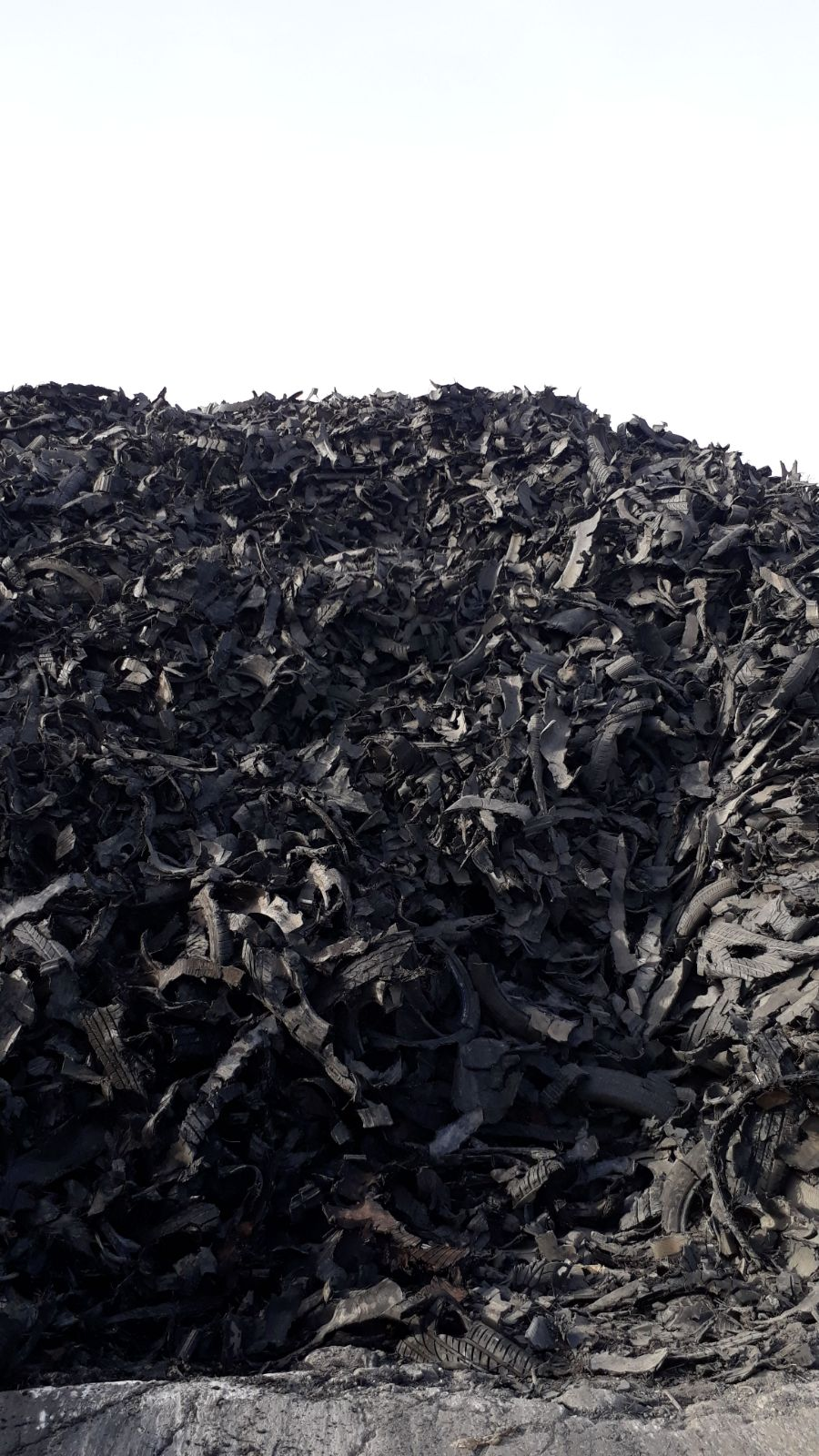 Shredded Tyre Scrap 150*250 for Sale