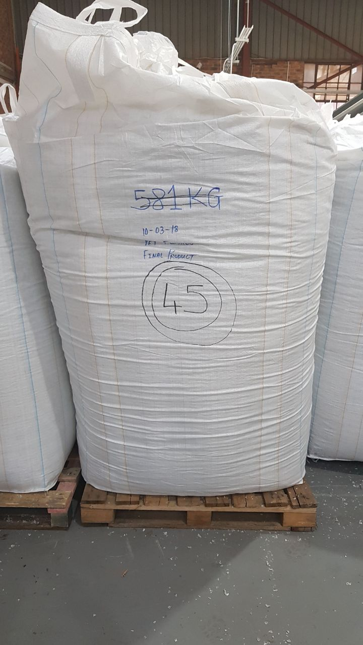 Hot and Cold Wash PET Flakes 600 Tons on Regular Sale