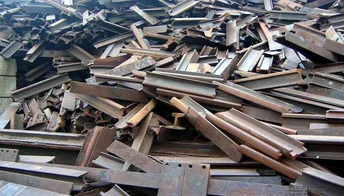 50,000 MT x 12 Used Rails Scrap for Sale @ 305 US $
