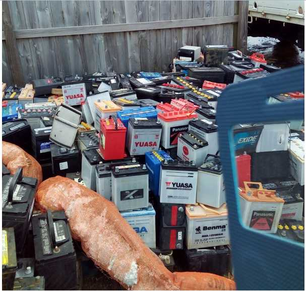 Car Batteries Scrap with Acid for Sale 100 MT Monthly