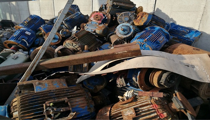 300 Tons Motors Scrap for Sale